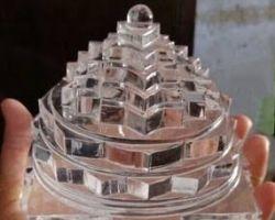 Sphatik shriyantra big size clear crystal quartz shriyantra