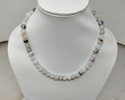 Natural chalcedony stone necklace