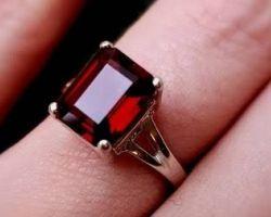Garnet stone ring square shape garnet stone silver ring gomed ring