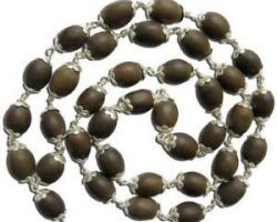 Kamalgatta mala with silver cap lotus beads