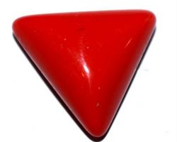Moonga triangle red coral 8.25 ct