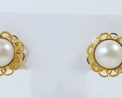 Pearl earrings in gold pearl gold studs code 1
