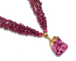 Red stone necklace  A