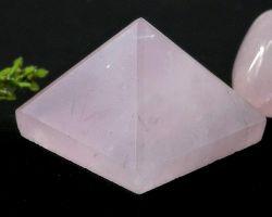 Rose quartz Pyramid natural rose quartz piramid 6×6cm