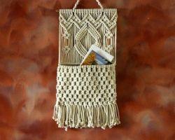 Handmade magazine hanger with thread