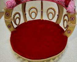 Laddu gopal bed cum singhasan decorative bed for laddu gopal round shape red