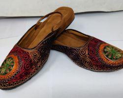 Camel leather juti with embroidery work Jaipuri juti fashin
