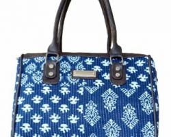 Bag shoulder cum hand bag blue print 11×10 inches